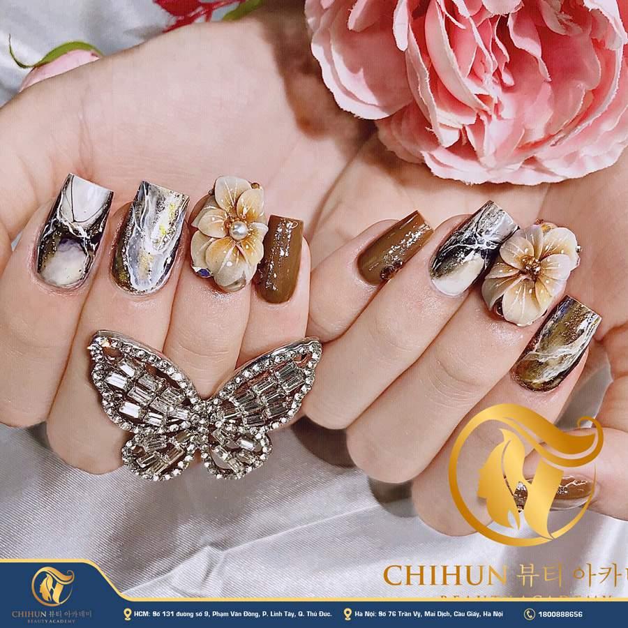 học nail chuyên nghiệp Chihun